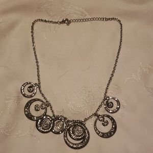 Jewelry - 20 inch decorative necklace